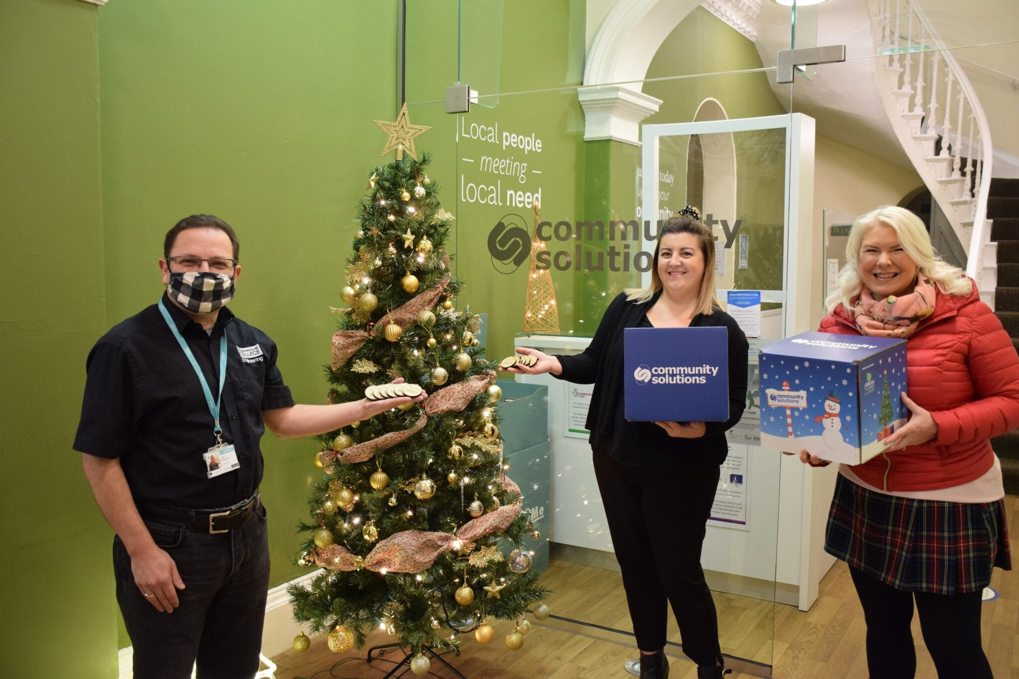 College Group teams up with Community Solutions to deliver festive cheer